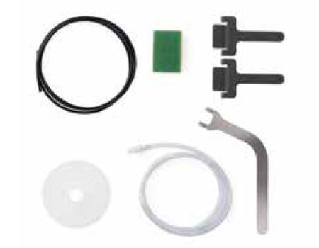 • Tubos de vaciado • Esponjita • 2 asideros para extracción de bandejas • Asa para la regulación de la puerta • Embudo