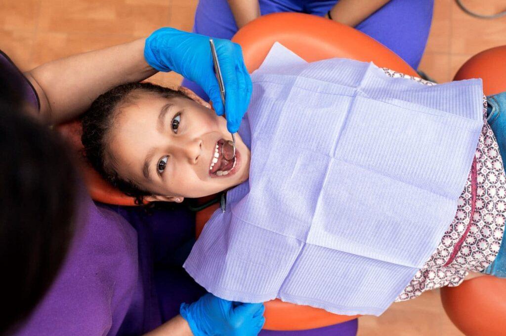 Importancia del color en una clínica dental